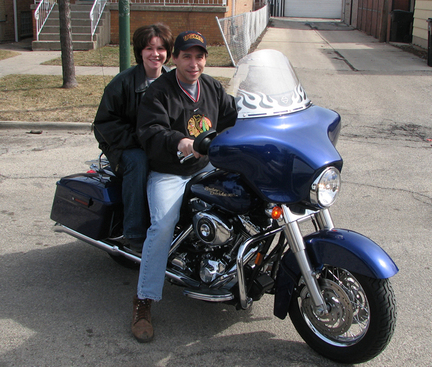 Frema_with_dad_and_motorcycle_3