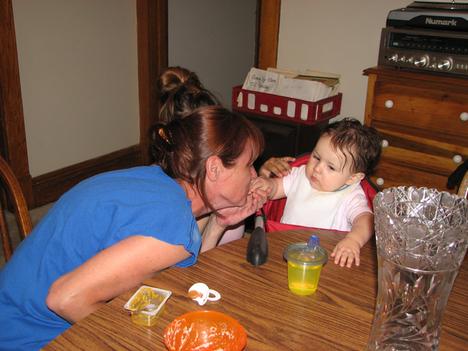 Grandma_maayteh_feeding_kara